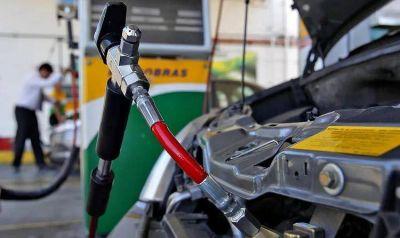 Presentan al Gobierno iniciativas para avanzar en leyes favorables al GNC y a los precios unificados de los combustibles
