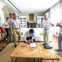 Pinamar: Intendente firmó convenio para desarrollar un Parque Acuático