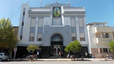 La Municipalidad anunció que pagaron el 65% de los sueldos excluyendo a funcionarios y concejales