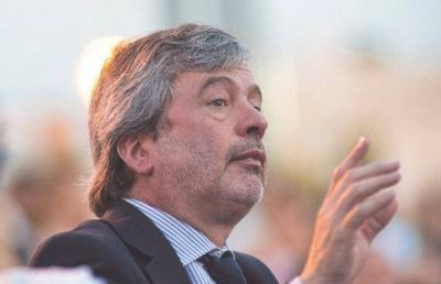 Fernando Casset apuntó al discurso de Boto en la asunción