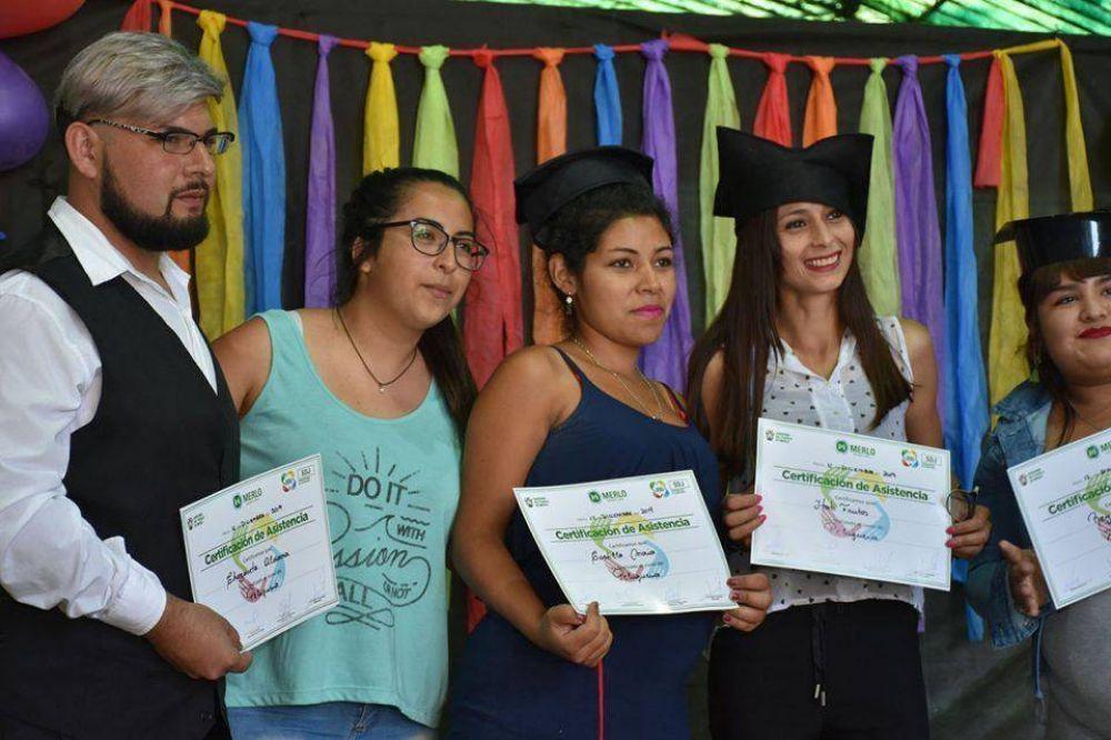 Merlo: La Subsecretaría de Juventudes entregó diplomas
