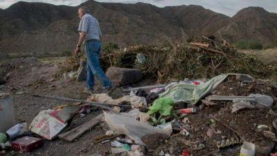 Reclamos por basura y escombros en la zona del Cerro Arco