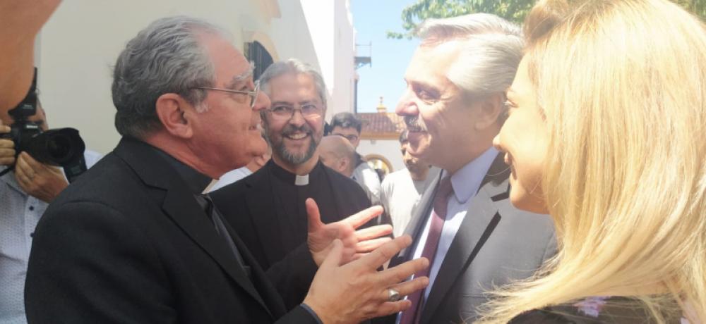Alberto Fernández recibe a la cúpula episcopal tras el cruce por el aborto