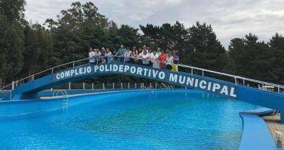 Balcarce: El Intendente Reino dejo inaugurada la temporada del Polideportivo Municipal