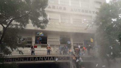 Tensión en la UTA: trabajadores intentaron tomar el gremio y hay heridos