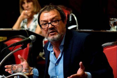 Desde la oposición, Costa cuestionó la derogación a los aumentos de luz que hizo Kicillof