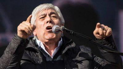 """Hugo Moyano: """"Si yo fuera Roberto Fernández, ya hubiera renunciado"""""""