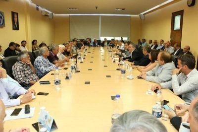 La CGT estrena su alianza con Pymes con un plenario que diseñará propuestas para acercarle a Fernández