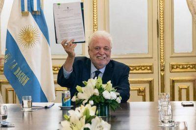 Ginés aseguró que el Estado alentará la producción pública de misoprostol