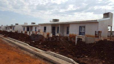 Con esfuerzo compartido, más de 200 familias tendrán casa propia