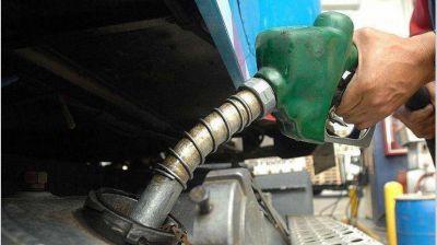 La nafta no se congelará, mientras la tasa estadística atrasa más los precios