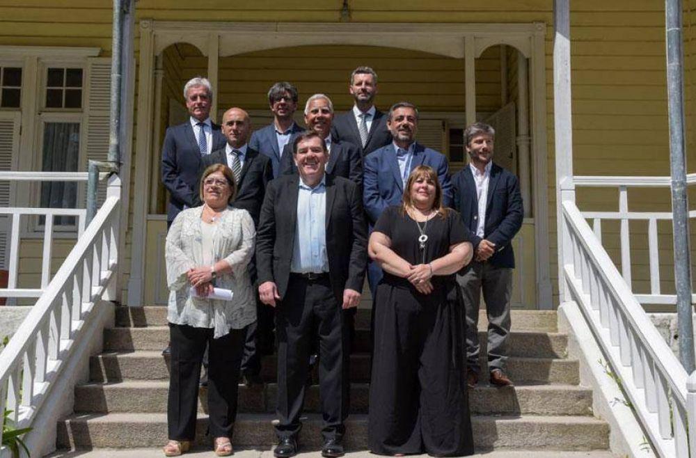 Casi 100 funcionarios ya forman parte del gabinete de Montenegro