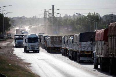 Paritarias: Camioneros solicitó un 33% de incremento salarial