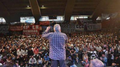 """Los movimientos sociales sellaron la unidad y lanzaron la UTEP, el sindicato de la """"economía popular"""""""