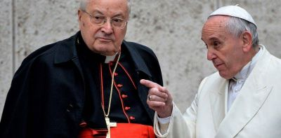 """El papa Francisco removió al polémico cardenal Angelo Sodano de su cargo como """"decano"""""""
