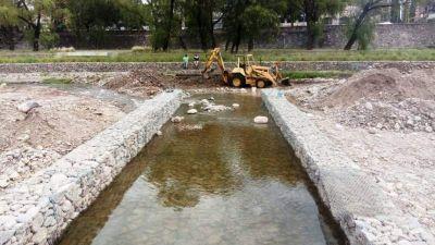 Obras hídricas en el río Xibi Xibi y otros cauces