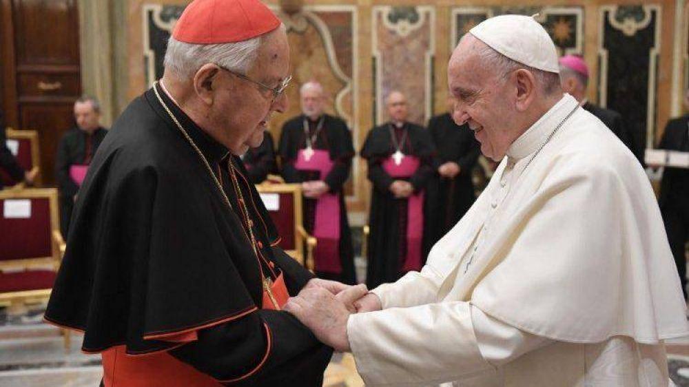 Sodano deja el rol de Decano, el Papa hace el cargo con duración quinquenal