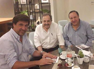 Ricardo Alfonsín convocó a un proceso de debate interno en la UCR
