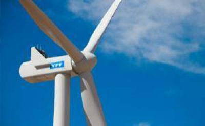 Toyota apuesta en Argentina: fabricará carros con 100% energía limpia de YPF Luz