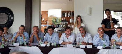 Intendentes de la oposición buscan reunirse con Kicillof