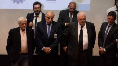 Vacunas incautadas y deudas millonarias: las urgencias de Ginés González García para implementar la emergencia sanitaria