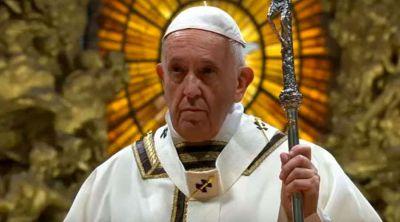 El Papa en Navidad: Amen la Iglesia así no sea perfecta y sirvan al prójimo así no cambie