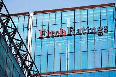 """Fitch saca a Argentina de """"default restringido"""" tras término de postergación de pagos"""