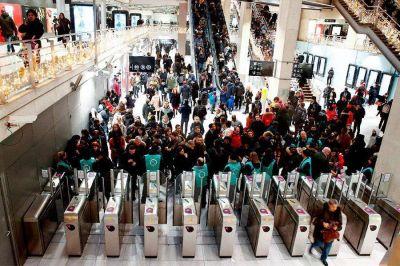 Gremios del transporte se solidarizan con las huelgas en Francia