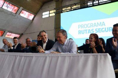 Córdoba (EPEC): La empresa entregó 15.000 luminarias led a la municipalidad2