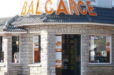 Empleados de Balcarce no cobran sus sueldos y pasan las fiestas