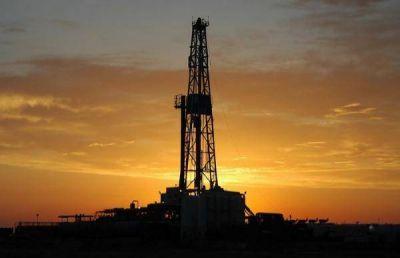 Establecerían un esquema de retenciones móviles para el petróleo