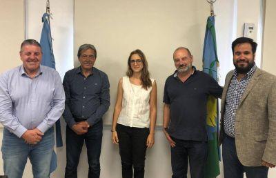 Despidos en la multinacional Oiltanking: Petroleros se reunió con la ministra Ruiz Malec