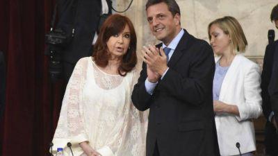 Cristina y Massa congelan las dietas de los legisladores por seis meses