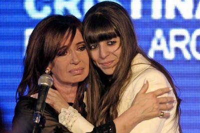 Cristina Kirchner viaja hoy a Cuba para pasar Año Nuevo con su hija Florencia