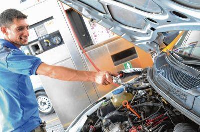 Petroleras buscan abastecer de GNC a estaciones de servicio