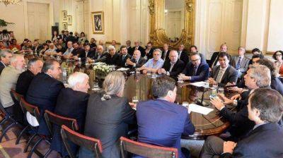 Pacto social: Vilma Ibarra criticó la ausencia de mujeres en el encuentro multisectorial