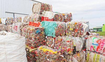 Castelli batió su propio record: Casi 190 mil kilos de basura recuperó en 2019