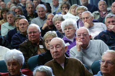 Los bancos aprovecharon el bono a los jubilados y se cobraron sus deudas