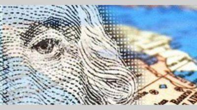 El mercado no descarta que el Gobierno relaje el cepo al dólar tras renegociar la deuda
