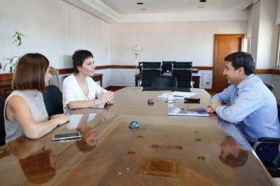 Mayra Mendoza se reunió con el ministro Daniel Arroyo