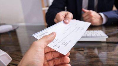 Por qué el aumento de salarios no puede compensarse con otras subas previas del sector privado