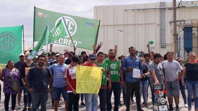Por el despido de 150 municipales, cortan la ruta nacional 157 en Catamarca