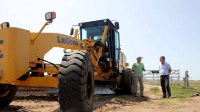 """Intendente Castro: """"Queremos devolver con obras el esfuerzo del vecino"""""""