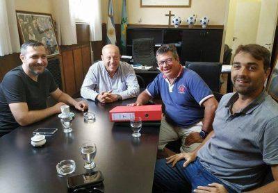 Paredi recibió a las autoridades del ENOHSA por las cloacas de Santa Clara del Mar