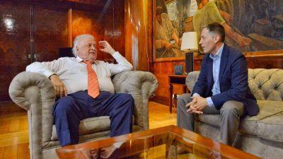 Echeverría: Gray se reunió con González García por el Hospital Bicentenario