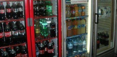Pese a que tiene constantes aumentos, la gaseosa es lo más vendido en kioscos de barrio