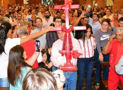 La Iglesia acompaña los festejos en la Cruz Gil