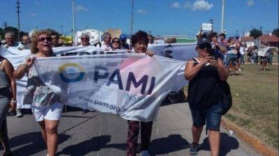 """Autoridades del PAMI afirmaron que se pondrán """"a trabajar"""" para reabrir la dependencia en Quequén"""