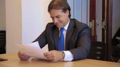 Lacalle Pou quiere que 100 mil argentinos se muden y lleven su dinero a Uruguay