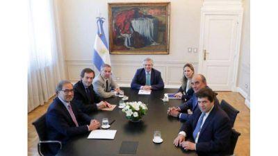 El Gobierno presentó al equipo que diseñará la estrategia de negociación con el FMI